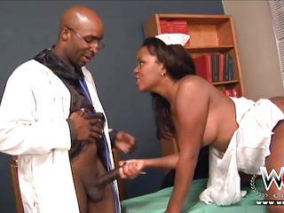 Смотреть порно негры трахают большие члены