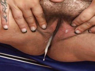 Порно толстушки кончают